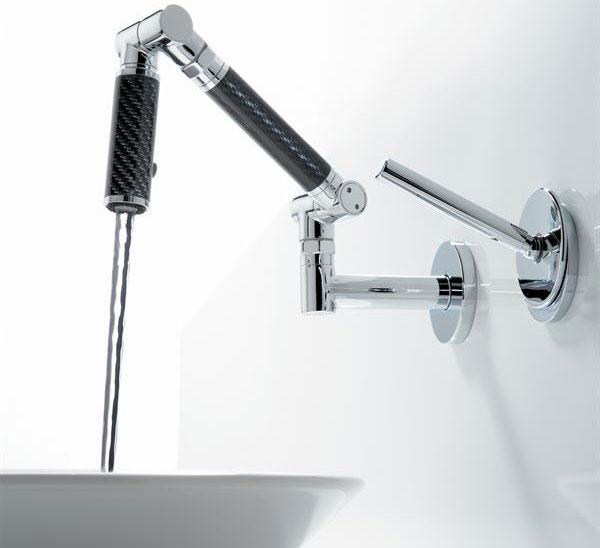 karbon wallmount faucet