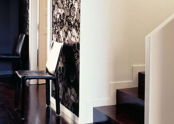 Paso Doble Wallpaper Elitis sexy design on accent wall
