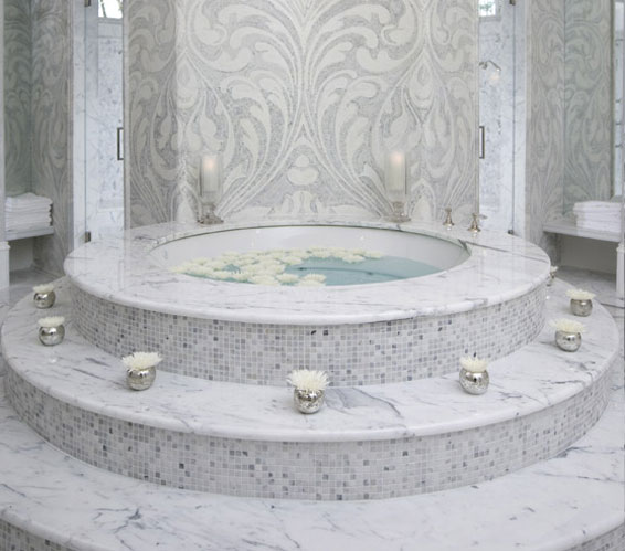 Marble and mirror bath interior design inspiration eva for Bathroom photoshoots