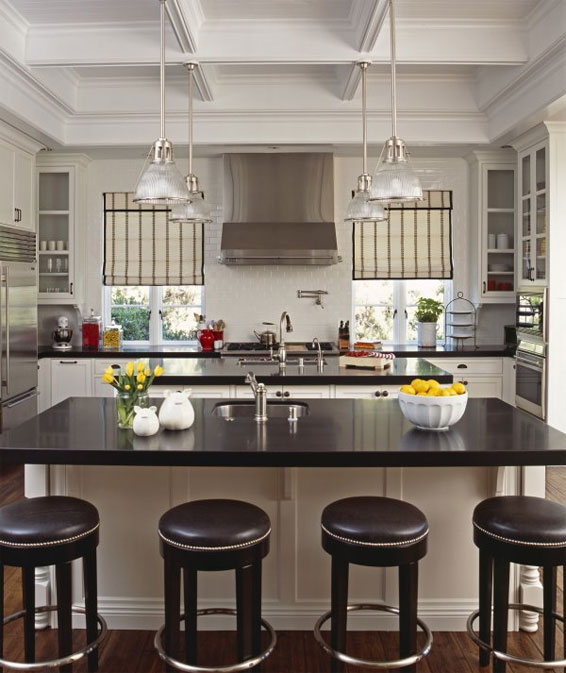 Kitchen Caroline Desecare symmetrical