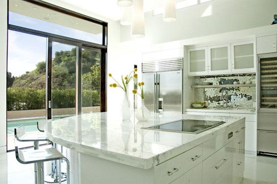 White Kitchen all White